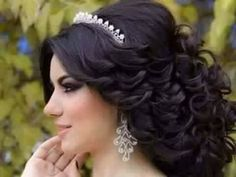Wedding Hairstyles With Crown, Prom Hairstyles For Short Hair, Hairdo Wedding, Long Hair Wedding Styles, Elegant Hairstyles, Bride Hairstyles, Short Hair Styles, Quince Hairstyles, Perfect Curls