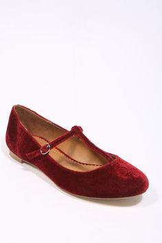 Velvet T Bar Shoes. Not really a velvet fan with shoes but these are darling :)