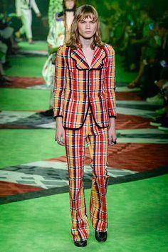 Gucci Spring 2017 Menswear Collection Photos - Vogue