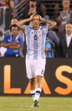 Lucas Biglia of Argentina gestures during the championship match between  Argentina and Chile at MetLife Stadium as part of Copa America Centenario  US. ae1680d07