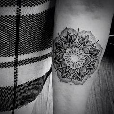 #mandalatattoo by @bendoukakistattoo /// #Equilattera #Miami #Tattoo #Tattoos #Tat #Tatuaje #tattooed #Tattooartist #Tattooart #tattoolife #tattooflash #tattoodesign #tattooist #tattooer #tatted #tattedup #tattoooftheday #instatattoo #ink #inked #inkedup #art #linework #dotwork #blackwork #blackink #mandala #sacredgeometry #geometrictattoo  Posted by @WazLottus