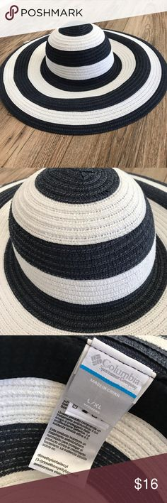 20da36c5 Columbia Sun Ridge Women's Packable Hat Packable blue and white striped hat.  Packable, very flexible. Great for sun protection! Super cute!