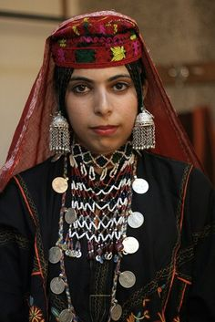 Portrait of a young Gojri woman. Gojri, also known as Gujari is an Indo-Aryan language spoken by the Gujjars of Northern-Pakistan, India and Afghanistan.   © Ramesh Lalwani