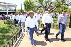 El trabajo interinstitucional y la entrega de los integrantes del Comité Ciudadano han sido clave, asegura e gobernador de Michoacán; inaugura obras de infraestructura urbana comprometidas con el Comité Ciudadano ...