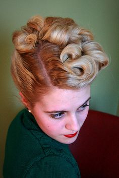 awesome retro hair! Someone do this for me for my wedding!