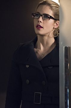 """Arrow -- """"Nanda Parbat"""" -- Image Pictured: Emily Bett Rickards as Felicity Smoak -- Photo: Dean Buscher/The CW -- © 2015 The CW Network, LLC. All Rights Reserved. Felicity Smoke, Arrow Felicity, Oliver Queen Felicity Smoak, Rose Mciver, Arrow Tv Series, Cw Series, Arrow Serie, Emily Bett Rickards, Sam Claflin"""