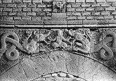 Talisman Gate, Baghdad, Iraq (1222) Engraving showing seated man holding two dragon-serpents by their tongues,