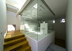 Amazing bath room in a small house in japan
