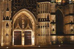 Mise en lumière de l'entrée de la cathédrale Saint Etienne de Limoges