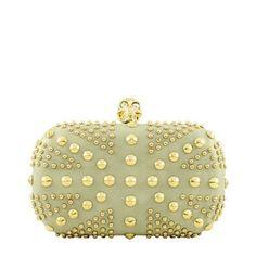 Bolsa Clutch Caveira e Tachas Cinza e Dourada McQueen Inspired | Ligada na Moda