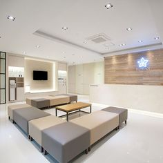 포트폴리오 Medical Office Decor, Dental Office Design, Office Interior Design, Office Interiors, Clinic Design, Healthcare Design, Waiting Room Design, Pharmacy Design, Hospital Design