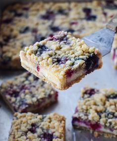 Blueberry Bars, Blueberry Cookies, Blueberry Desserts, Blueberry Cheesecake Bars, Blueberry Ideas, Blueberry Yum Yum, Blueberry Cream Cheese Muffins, Cherry Desserts, Oat Muffins