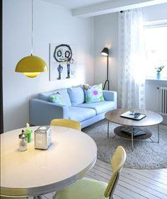 Manana Stehleuchte von Design House Stockholm. Der kleine Freund in Schwarz, der sich anschmiegsam mit einer kleinen Wandfläche begnügt: Von dort aus beleuchtet die Manana Stehleuchte (http://www.ikarus.de/ma-ana-lamp-stehleuchte.html) nicht nur das zu lesende Buch, sondern auch den sich umgebenden Raum. Ein toller Licht-Freund von Marie-Louise Gustafsson für Design House Stockholm!