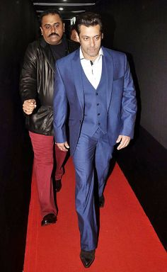 Filmfare Awards 2014: Salman Khan makes red carpet appearance after 15 Years (see pics)
