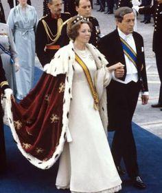 Nach 33 Jahren auf dem Thron: Königin Beatrix dankt ab!