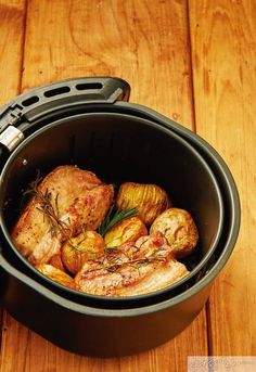 Air Fryer Recipes, Ratatouille, Paella, Pork, Food And Drink, Tasty, Meat, Chicken, Baking