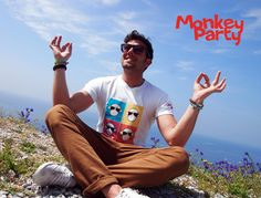 HAPPY MOMENT WITH YOUR MONKEY PARTY !!!