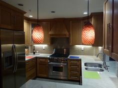 Modern Kitchen and Cabinet Lighting...I like its.... :)