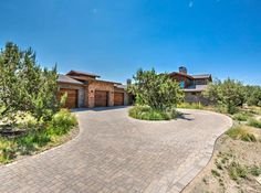 Arizona Incredible and expansive custom home in Prescott Listed by: Talking Rock Realty