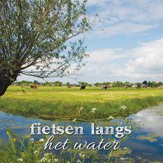 Nederland is een waterrijk land, het zorgt voor een bijzondere dynamiek in het landschap. Wij nemen je graag mee langs de mooiste plekjes van Nederland en België waar je kunt genieten van uitzichten over de Maas, Waal of andere rivieren. Natuurlijk vindt je op http://route.nl/fietsroutes/Water/ nog veel meer fietsroutes aan het water.