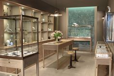 August jewelry by Hermsen, Los Angeles – California - Retail Design Blog