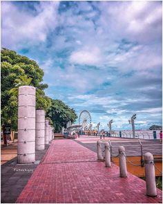 Malecón de #Guayaquil  #Ecuador #AllYouNeedIsEcuador #iPhoneonly #ProyectoEcuador2017 #Followme
