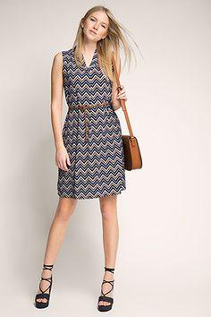 Esprit / Stretch dress with a zigzag print + belt