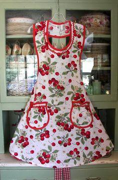 cute- homemade- aprons-_19