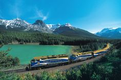 Canada's Rocky Mountaineer train is an awesome two-day, train journey that starts or ends in either Banff, Calgary or Vancouver. Train Route, By Train, Train Trip, Train Food, Banff, Rocky Mountains, Chutes Victoria, Vancouver, Cape Town