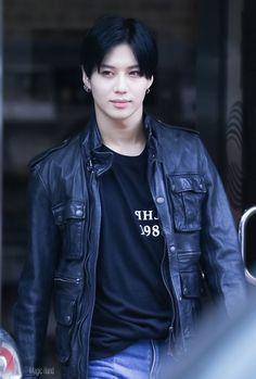 Tão Lindoo com o cabelo escuro ♥