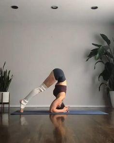 Sport Fitness, Fitness Workouts, Yoga Fitness, Pilates Workout, Videos Yoga, Workout Videos, Yoga Handstand, Gymnastics Workout, Yoga Moves