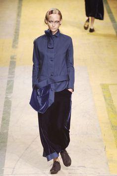 by Yohji Yamamoto Blue Fashion, Look Fashion, Fashion Details, Yoji Yamamoto, Japanese Fashion Designers, Mantel, Women Wear, My Style, Casual