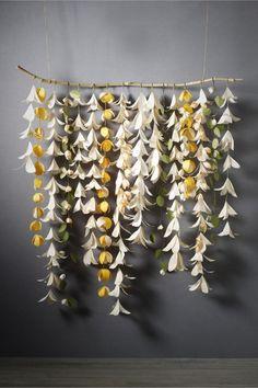 guirlande de fleurs suspendues