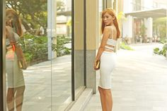 Just Curves, No Edges - Camille Tries to Blog Camille Co, Cos Fashion, Sweet Style, Curves, Capri Pants, Top Girls, Blog, Tops, Dresses