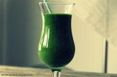 Zielony koktajl z jarmużu   (nie) tylko kuchnia