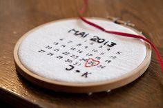 Ringkissen Stickrahmen 'Save the Date' von Hochzeitsstube auf DaWanda.com