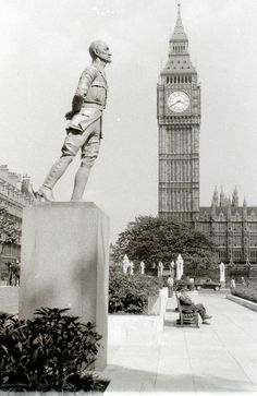 War Memorials, African States, 1 August, African History, Best Cities, Cape Town, Monuments, Big Ben, Wales
