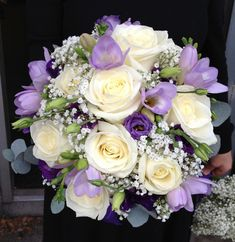Cream and Purple Rose Freesia and Lissanthus Brides Bouquet.jpg (600×617)