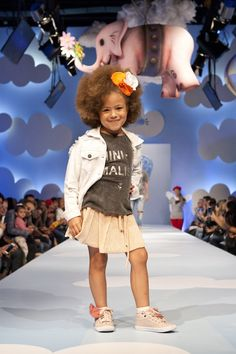 Looks da Mini Us que desfilaram na passarela da Fashion Weekend Kids 2016 no Shopping Cidade jardim.