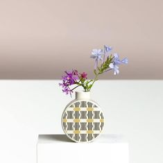 Small is beautiful: Bud vase with LIGHT ROOM pattern by Erin LIghtfoot. Designed and made in Australia. Vase With Lights, Black Gift Boxes, Jar Lids, Small Tables, Art Object, Bud Vases, Keepsake Boxes, Scented Candles, Stoneware