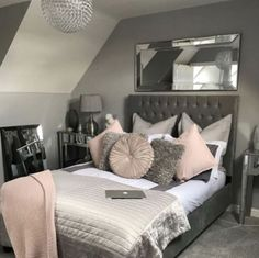 Small Bedroom Ideas - All the bedroom design ideas you'll ever before require. Find your style and also create your desire bedroom scheme whatever your budget plan, style or area size. Girl Bedroom Designs, Bedroom Themes, Bedroom Ideas Grey, Small Teen Bedrooms, Trendy Bedroom, Grey Bedroom Decor, Teenage Bedrooms, Teen Bedroom Colors, Master Bedrooms