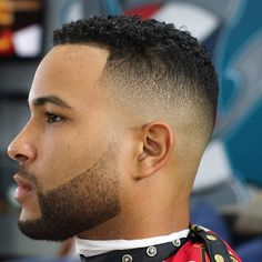 28 Best Haircuts For Black Men In 2018 - Men's Hairstyles New Mens Haircuts, Black Men Haircuts, Black Men Hairstyles, Cool Hairstyles For Men, Cool Haircuts, Hairstyles Haircuts, Weave Hairstyles, Hair And Beard Styles, Curly Hair Styles