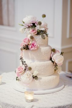 Romantic pink wedding cake. Photography By / robertandkathleen.com, Planning By / ambianceluxe.com, Floral Design By / flowersbydanielle.com