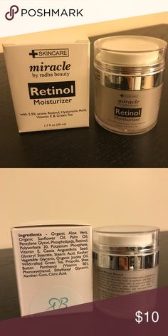 Retinol Anti-aging Moisturizer A highly rated anti-aging night cream! 2.5% Active Retinol, Hyaluronic Acid, Vitamin E and Green tea. Tested but never used. Very hygienic dispenser, just push the top surface and a small amount of the cream will come out of the center. Size 50 ml. *Marked Estee Lauder for exposure only* Estee Lauder Other