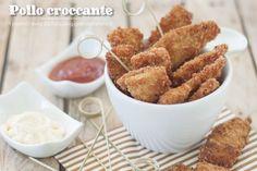 I filetti di pollo croccante sono una delle icone del cibo da fast food. Io li ho realizzati in una versione rigorosamente homemade.