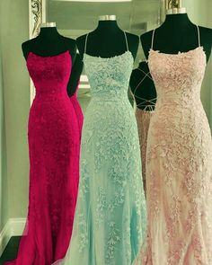 Item Description : Elegant Mermaid Dresses Featuring off shoulder and lace appliques .Perfect For Prom,Evening,Formal Wedding,Bridesmaids Or Any Other Special Occasions ! Colors Available: Light-Blue,Yellow,Lavender,Red,Fuchsia,Royal-Blue,Blush Style: 3261 Tailor Time: 7  to 12 days Shipment Method: DHL,Fedex,Aramex Delivery Time: 3 to 7 Work Days Senior Prom Dresses, Fitted Prom Dresses, Prom Girl Dresses, Long Prom Gowns, Gowns For Girls, Ball Gown Dresses, Formal Dresses, Mermaid Prom Dresses Lace, Lace Mermaid