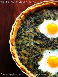 SPINACH, RED ONIONS AND EGG TART