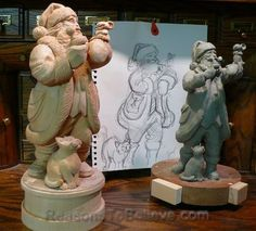Design and evolution of a hand crafted, wooden Santa. From pencil sketch to clay maquette and ultimately the solid wood carving. Santa Mouse - Best Friends Forever by Joe Land…Santas by Josef. Father Christmas, Christmas Crafts, Christmas Things, Christmas Ideas, Dremel Projects, Art Projects, Santa Claus Figure, Sculpture Clay, Russian Art