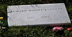 """Closeup of Gravestone of Senator Edward """"Ted"""" Kennedy in Arlington National Cemetery Los Kennedy, Jackie Kennedy, Familia Kennedy, Church Pictures, Famous Graves, Jfk, Famous People, How To Memorize Things"""