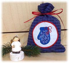 Der Stickbär Weihnachtssäckchen ITH komplett mit der Stickmaschine gestickt, gestickt von Iris
